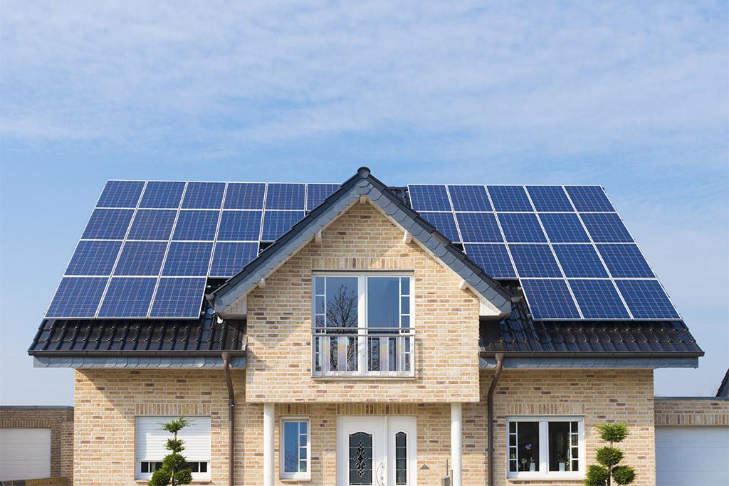 Fotovoltaico, ricarica elettrica e accumulo: quando accedono al superbonus 110%